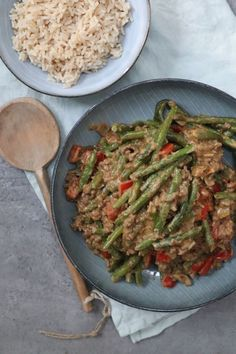 Dagschotel Sperziebonen satésaus met gehakt #zonder pakjes en zakjes! New Recipes, Favorite Recipes, Healthy Recipes, Green Beans, Healthy Lifestyle, Good Food, Food And Drink, Keto, Snacks