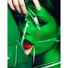 Coco Rocha par Craig McDean pour W Magazine octobre 2006 | Voyons Voir... ❤ liked on Polyvore