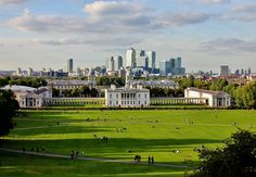 Panoramic view of London from the Royal Observatory in Greenwich