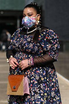 Fashion Show, Girl Fashion, Fashion Outfits, Taylor Dress, Ann Taylor, New York Fashion, Winter Fashion, Cute Outfits, Street Style