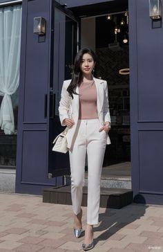 Korean fashion styles 598626975452486940 - Source by Korean Fashion Office, Korean Fashion Trends, Korean Street Fashion, Korea Fashion, Kpop Fashion, Korean Fashion Casual, Fashion Blogs, Kawaii Fashion, Girl Fashion