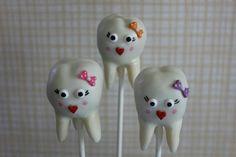 Teeth cake pops