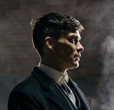 Tommy Shelby's cowlick… An edit from a still by of course Peaky Blinders Thomas, Cillian Murphy Peaky Blinders, Boardwalk Empire, Cillian Murphy Tommy Shelby, Birmingham, Steven Knight, Tom Hardy, Movies Showing, Man Crush