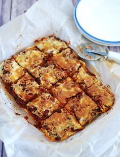Pastry Recipes, Pizza Recipes, Chicken Recipes, Easy Appetizer Recipes, Appetiser Recipes, Easy Homemade Pizza, Italian Spices, Savoury Baking, Crusted Chicken