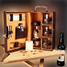 The Swanky whisky case comes in an attractive leatherette finished box and an ideal gift for the loved one. Whisky Bar, Wine Case, Bar Accessories, Bar Set, Whiskey Bottle, Liquor Cabinet, Glasses Online, Coffee, Packaging