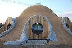 Znalezione obrazy dla zapytania strawbale geodesic dome