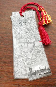 Antique BOOKMARKS Printable PDF & Tutorial by The Prudent Homemaker. MANY IMAGES to choose.