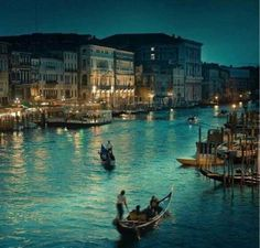 Venice, city of romance <3