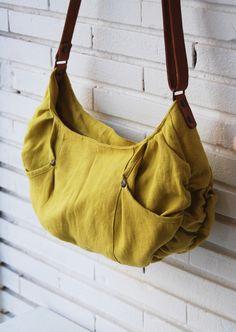Sac d'été/ sac fait main/ sac à main en lin jaune / porté épaule : Sacs bandoulière par sacadidie