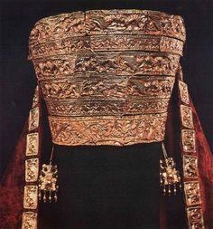 Scythian female headdress from the Tovsta Mohyla kurhan.