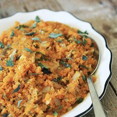 """Hello! @mickeytrescott here with an autoimmune-friendly way to make risotto out of butternut squash! This recipe is easier than it looks thanks to the use of a handy-dandy food processor. ⠀⠀⠀ ⠀ BUTTERNUT SQUASH RISOTTO⠀⠀⠀ ⠀ 1 1/2 pounds butternut squash, peeled and cubed⠀⠀⠀ ⠀ 1 tablespoon solid cooking fat⠀⠀⠀ ⠀ 1/2 yellow onion, chopped⠀⠀⠀ ⠀ 1 cup mushrooms, chopped⠀⠀⠀ ⠀ 3 cloves garlic, minced⠀⠀⠀ ⠀ 1/4 cup sage, minced⠀⠀⠀ ⠀ 1/2 teaspoon sea salt⠀⠀⠀ ⠀ 1 teaspoon apple cider vinegar⠀⠀⠀ ⠀ 3/4…"