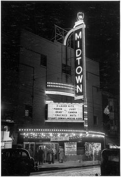 Vintage photographs of Toronto at night are a somewhat rare sight in the City's online archives. Despite the hundreds of historical photos we've sh. Movie Theater Decor, Vintage Movie Theater, Vintage Movie Stars, Vintage Movies, Theater Seats, Nocturne, Vintage Photographs, Vintage Photos, Nostalgia