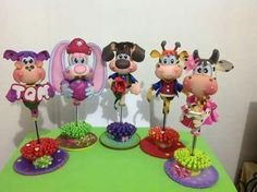 Fun Crafts, Diy And Crafts, Pop Book, Biscuit, Mini Mouse, Corpus Christi, Handmade Crafts, Fun Projects, Clay