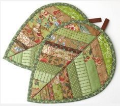 Autumn Leaves Mug Rugs Hold Onto The Beauty Of Autumn A little Longer.Springtime… Autumn Leaves Mug Rugs Hold Onto The Beauty Of Autumn A little. Quilting Tutorials, Quilting Projects, Quilting Designs, Quilt Block Patterns, Quilt Blocks, Sewing Patterns, Easy Sewing Projects, Sewing Crafts, Sewing Tips