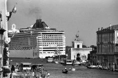 Gianni Berengo Gardin: mostri a Venezia [doppiozero]