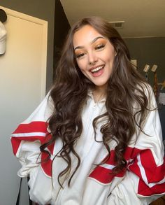 Lexie is a normal teenaged girl, her best friend Anthony Reeves invit… Lazy Day Outfits, Cute Outfits, Sporty Outfits, Anime Hair Color, Aesthetic People, Cute Girl Face, Girls Dpz, Cute Skirts, Dimples