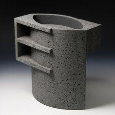 Wim Borst's ceramic works are a distillation of Dutch abstraction: the paintings of Piet Mondrian, the design of Gerrit Rietveld and the art of Theo van Doesburg. Ceramic Teapots, Ceramic Cups, Ceramic Pottery, Ceramic Art, Mud Pie, Brutalist, Sculpture Art, Ceramic Sculptures, Vases Decor