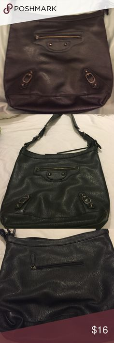 🌻Long strapped black purse NEW LISTING This purse was used for one season and is in great shape minus a missing zipper pull on front.  Can also be worn at longest part of strap as crossbody Bags Shoulder Bags