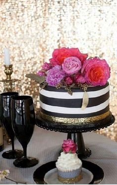 Black and gold! Bridal shower idea