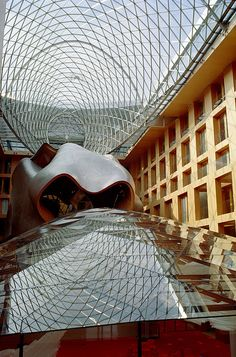 DG Bank (Berlin) interior :: Frank Gehry.
