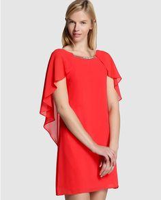 Vestido capa de mujer Fórmula Joven en color rojo