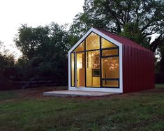 The Bunkie / 608 Design – nowoczesna STODOŁA | wnętrza & DESIGN | projekty DOMÓW | dom STODOŁA