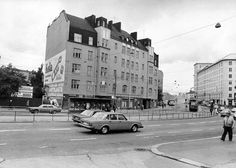 Kurvin jugendtalo jäi uuden Kinaporin alle  Jugendtalo säilyi Hämeentie 58:ssa 1980-luvun alkuvuosiin.  VESA KLEMETTI / LEHTIKUVA. HS 3.8.2015. Old Buildings, Helsinki, Time Travel, Old World, Old Photos, Finland, The Past, Street View, City