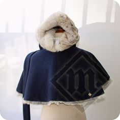 14th/15th century Medieval Hood with fur lining