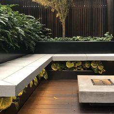 Modern Gardening Landscape design by Lisa Ellis Gardens Melbourne Modern Landscape Design, Landscape Plans, Garden Landscape Design, Modern Landscaping, Landscape Architecture, Backyard Landscaping, Landscape Design Melbourne, Japan Landscape, Backyard Seating