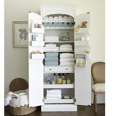 Our Paulette Pantry is a great freestanding storage cabinet, no matter where you use it. Here, we created a linen closet that can fit EVERYTHING! Cabinet Furniture, Bathroom Furniture, Diy Furniture, Bad Hacks, Hacks Diy, Bathroom Hacks, Bathroom Ideas, Easy Bathrooms, Budget Bathroom
