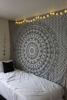 20 Tapestry You Must See Before You Buy One | Style Spacez
