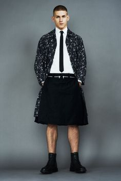 Igor Stepanov Sports Markus Lupfer's Fall/Winter 2013 Collection Guys In Skirts, Boys Wearing Skirts, Wearing Dresses, Man Skirt, Dress Skirt, Men In Kilts, Skirt Outfits, Men Dress, Burlesque