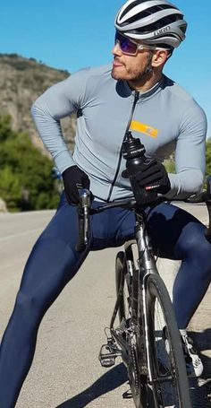 Cycling Suit, Cycling Shorts, Lycra Men, Bike Wear, Athletic Men, Gorgeous Men, Custom Clothes, Sport Outfits, Sexy Men