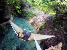 Aer pake konde  #aerkonde #sulawesiutara #hammock #hammocklife #traveling #timelapsephotography #commochammock by @echelchristian