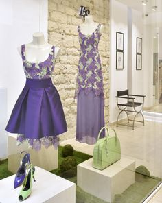 Shop windows of this week:  Crocodile accessories - Shantung, lace and chiffon dresses #couture
