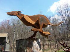 Cardboard Sculpture, Metal Art Sculpture, Dog Sculpture, Steel Sculpture, Animal Sculptures, Sheet Metal Art, Scrap Metal Art, Metal Art Projects, Metal Crafts