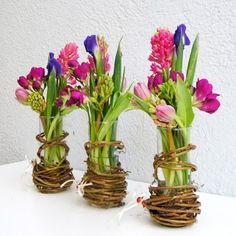yau concept 2013 _yau flori+aranjament cu flori violet si albastru_elena toader