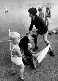 Thurston Hopkins On the Round Pond, Kensington, London, 1952