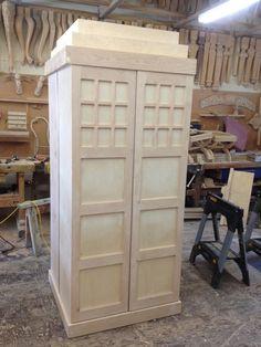 Tardis A great idea for a dresser or wardrobe. #buildadresserbookshelves