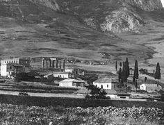 Κόρινθος, 1895 Old Pictures, Old Photos, Vintage Photos, Vintage Cars, Greek History, Crete, Historical Photos, Athens, Paris Skyline