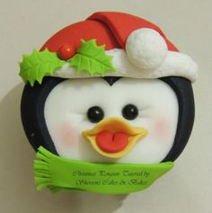 Christmas Penguin Cupcake