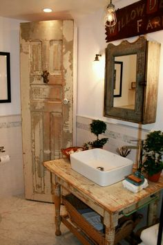 Lots of repurposed goods in this small bath!