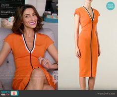 Delia's orange v-neck dress on Girlfriends Guide to Divorce. Outfit Details: http://wornontv.net/54558/ #GG2D
