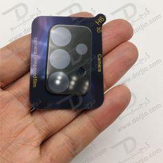 گلس لنز دوربین سامسونگ Galaxy A72 گلس محافظ لنز دوربین گوشی سامسونگ گلکسی A72 گلس لنز دوربین سامسونگ Galaxy A72 لنز دوربین تلفن های همراه بسیار حساس می باشد و ممکن است با کوچک ترین ضربه دچار آسیب و خراش های کوچک شود. گلس مخصوص این امکان را می دهد تا به صورت کامل از دوربین گلکسی آ 72 | Galaxy A72 خود مراقبت نمایید قرار دادن این محافظ بر روی لنز دوربین گوشی بسیار آسان خواهد بود و هنگام تعویض نیز به راحتی می توانید آن را جدا نمایید. Samsung Galaxy A72 Camera Glass Lens Protector Mp3 Player, Samsung, Glass, Accessories, Drinkware, Corning Glass, Yuri, Tumbler, Mirrors