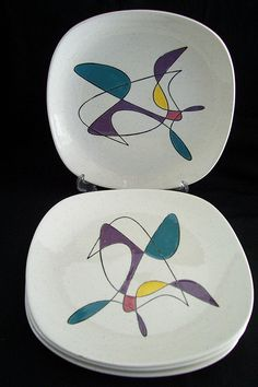 "Mid Century Metlox Pottery Poppy Trail ""California Mobile"" now have a new home! Modern Dinnerware, Vintage Dinnerware, Vintage Kitchenware, Vintage Dishes, Vintage Ceramic, Mid Century Modern Kitchen, Mid Century Modern Decor, Pottery Designs, Pottery Art"