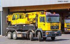 MAN heavy mobile crane