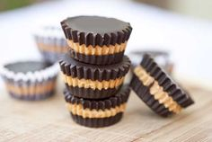 Share Tweet + 1 Mail Clean eating doesn't have to mean that you give up everything you've ever liked in favor of cardboard and saw dust on your dinner plate. In fact, it's quite the opposite. You can still enjoy your favorites. Favorites such as Peanut Butter Cups. Yes, chocolate and peanut butter were meant to go together.… Read More