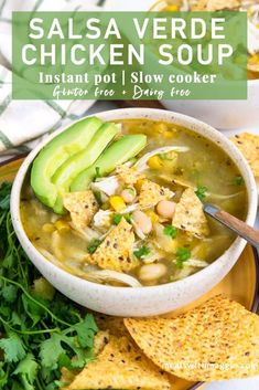 This instant pot chicken soup is made with salsa verde for a little kick of heat. It& gluten free, dairy free and so easy to make in the instant pot or slow cooker. Slow Cooker Soup, Slow Cooker Chicken, Slow Cooker Recipes, Soup Recipes, Chicken Recipes, Healthy Recipes, Healthy Soups, Healthy Dinners, Soups