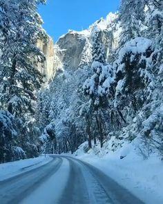 Winter in Yosemite 🤩 Scenery Pictures, Winter Pictures, Us National Parks, Yosemite National Park, Nature Gif, Nature Videos, Yosemite Valley, Winter Scenery, Destination Voyage