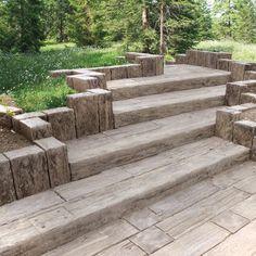 """Einfach und rasch Stufen bauen, """"versteinertes Holz"""""""